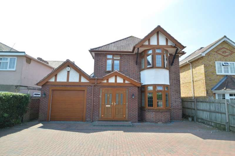 5 Bedrooms Detached House for sale in Langley Road, Langley, SL3