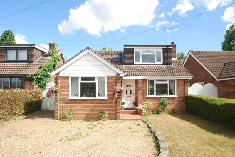 4 Bedrooms Detached House for sale in Elizabeth Avenue, Little Chalfont, HP6
