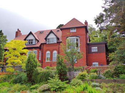 7 Bedrooms Detached House for sale in Graiglwyd Road, Penmaenmawr, Conwy, North Wales, LL34