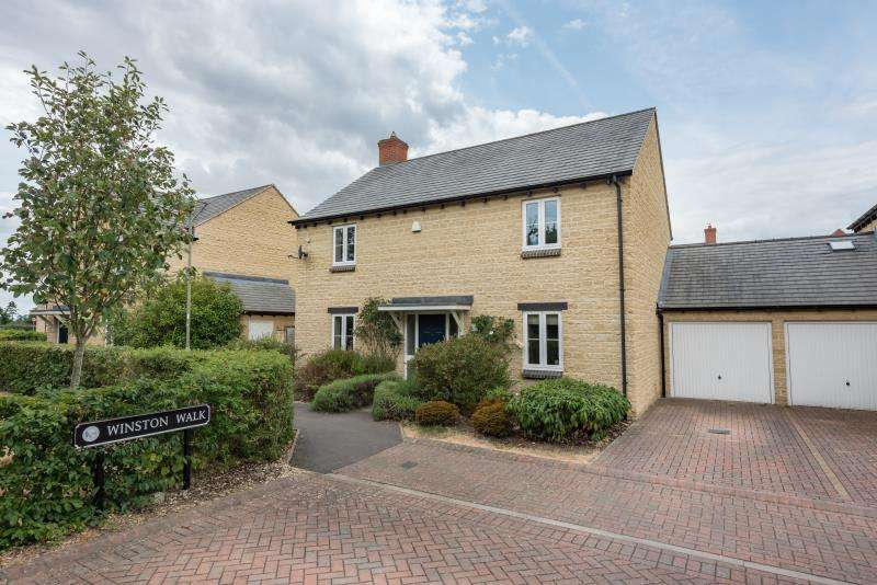 4 Bedrooms Detached House for sale in Winston Walk, Woodstock, Oxfordshire