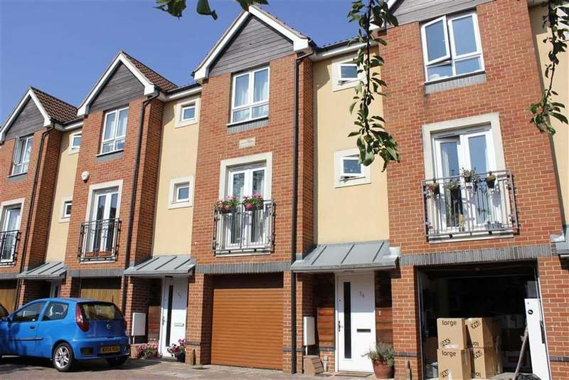 4 Bedrooms Town House for sale in Harwood Square, Bishopston, Bristol