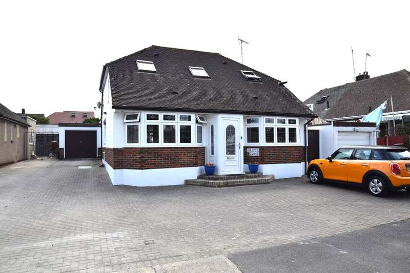 4 Bedrooms Detached Bungalow for sale in Pepys Close, Northfleet, Gravesend, DA11