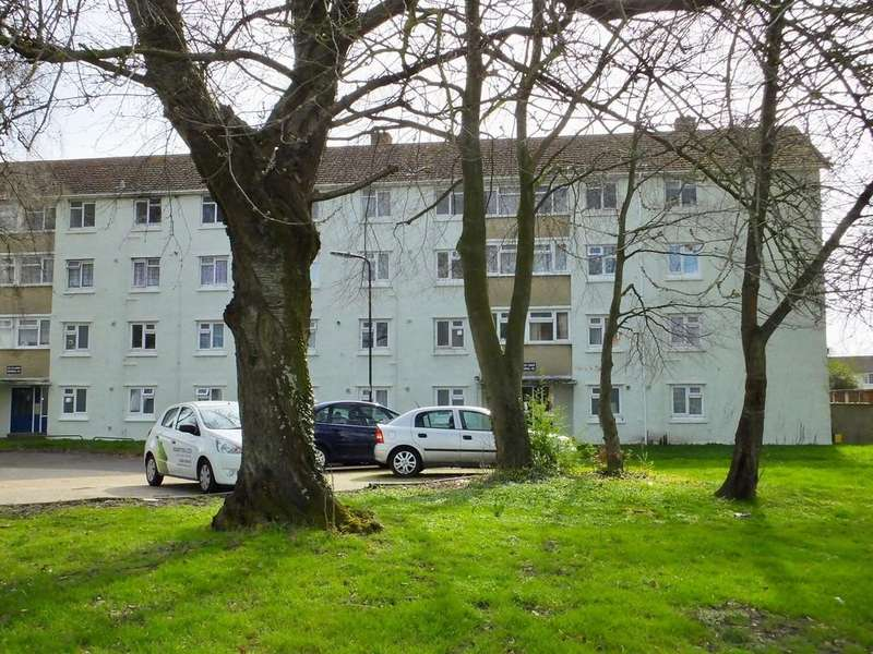 2 Bedrooms Flat for sale in Lower Brownhill Road, Southampton