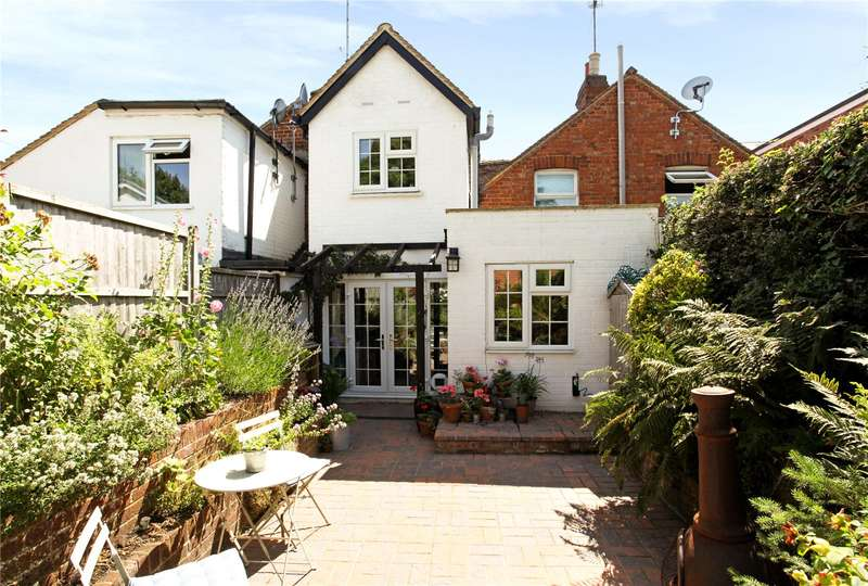 2 Bedrooms Terraced House for sale in High Street, Sonning, Reading, Berkshire, RG4