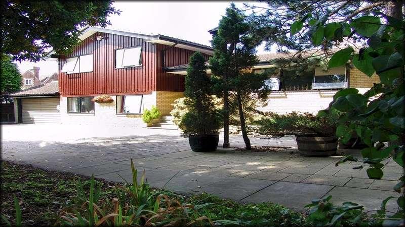 6 Bedrooms Detached House for sale in Ranvilles Lane, Fareham