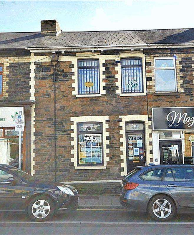 Terraced House for sale in Commercial Street, Cwmbran