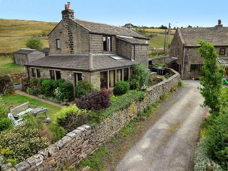 4 Bedrooms Detached House for sale in Sawood Lane, OXENHOPE, BD22