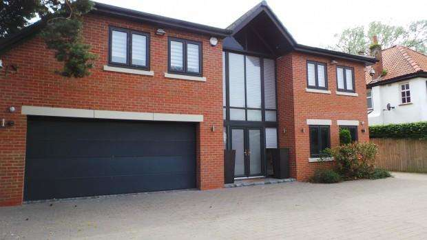5 Bedrooms Detached House for rent in Timms Lane, Liverpool, L37