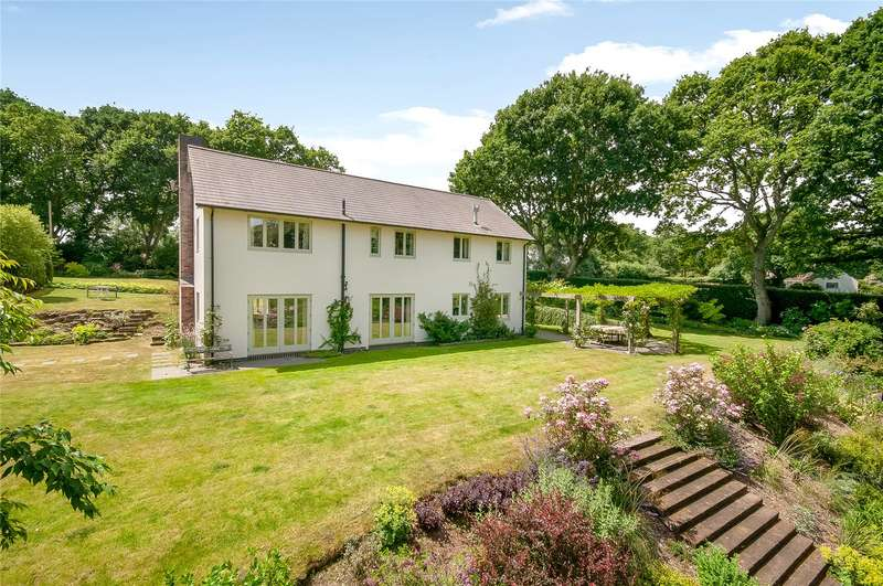 4 Bedrooms Detached House for sale in Abbotswell Road, Frogham, Fordingbridge, Hampshire, SP6