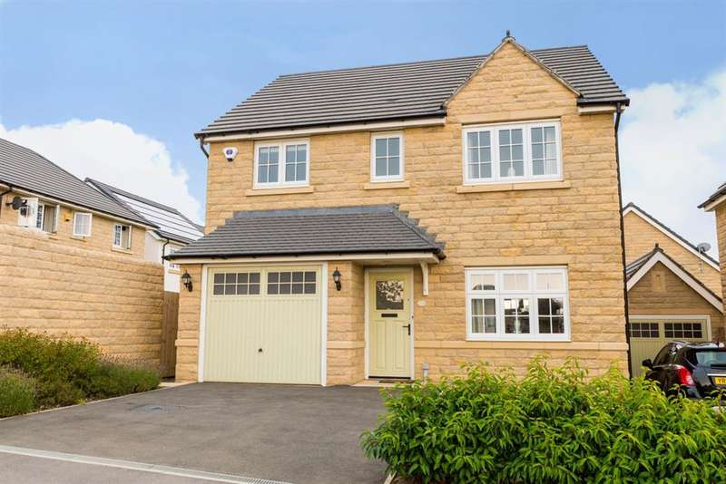 4 Bedrooms Detached House for sale in Bletchley Avenue, Horsforth Vale, LS18
