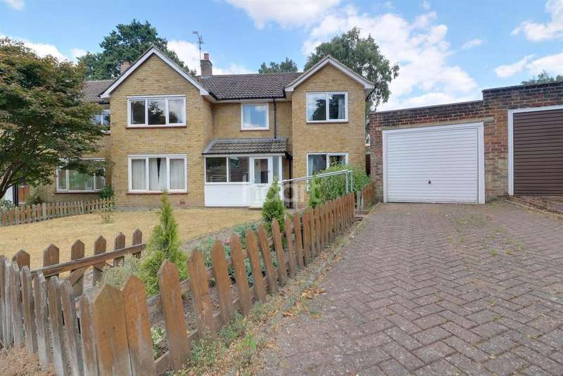5 Bedrooms Semi Detached House for sale in Bullbrook Drive, Bracknell