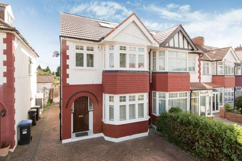 4 Bedrooms Semi Detached House for sale in The Fairway, Palmers Green