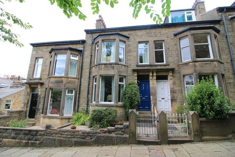 4 Bedrooms Terraced House for sale in Lily Grove, Lancaster