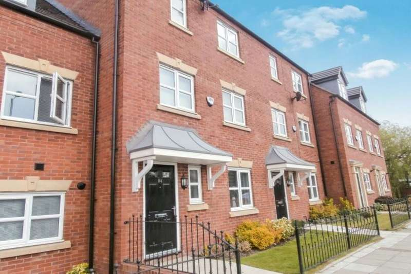 3 Bedrooms Terraced House for sale in Manchester Road, Hyde, SK14