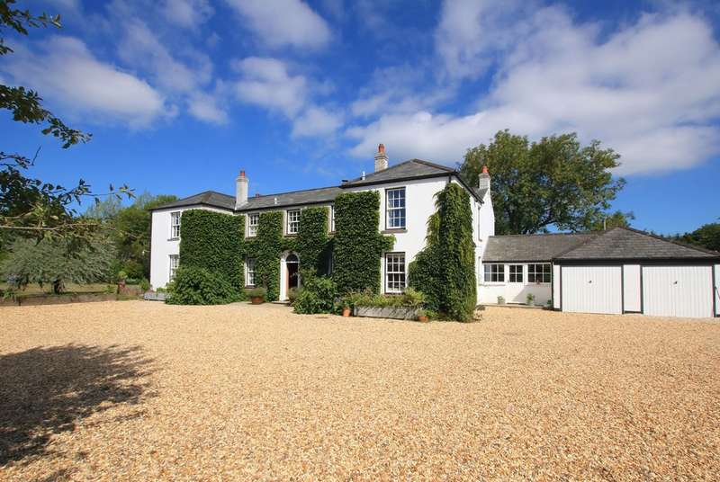 5 Bedrooms Detached House for sale in Shirley Holms Road, Boldre, Lymington, Hampshire