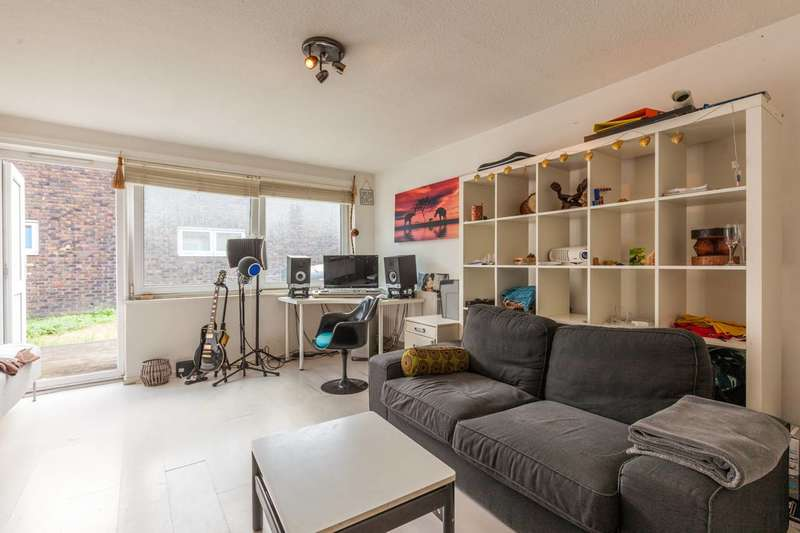 3 Bedrooms Bungalow for sale in Clarewood Walk, Brixton, SW9