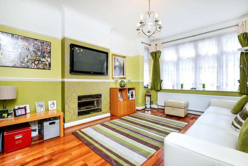 4 Bedrooms Semi Detached House for sale in Cliffview Road, Lewisham