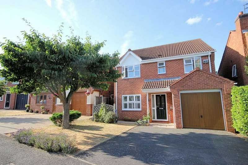 4 Bedrooms Detached House for sale in Leivers Close, East Leake