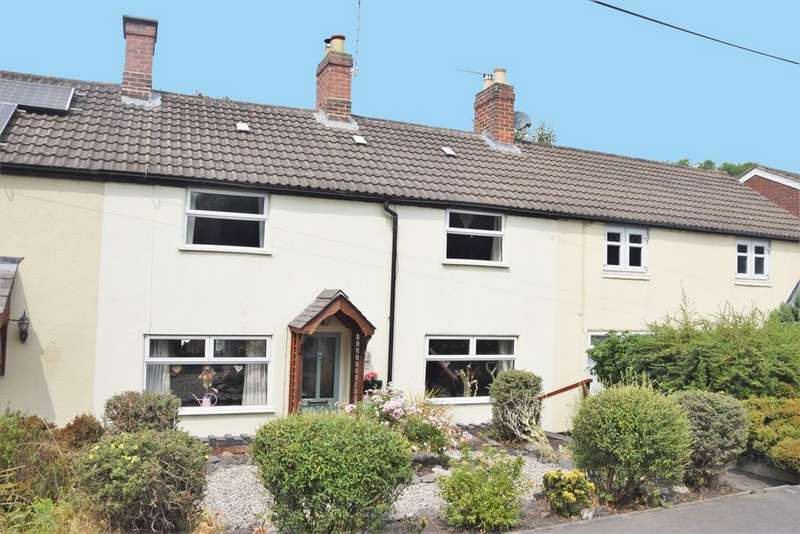 3 Bedrooms House for sale in The Green, Donington Le Heath, LE67