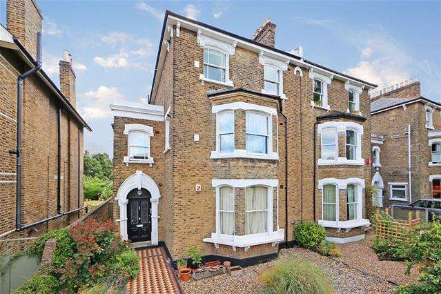 2 Bedrooms Flat for sale in Breakspears Road, Brockley