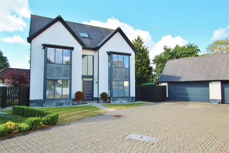 5 Bedrooms Detached House for sale in Wellfield Road, Marshfield, Cardiff