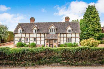 4 Bedrooms Detached House for sale in Bednall, Stafford, Staffordshire