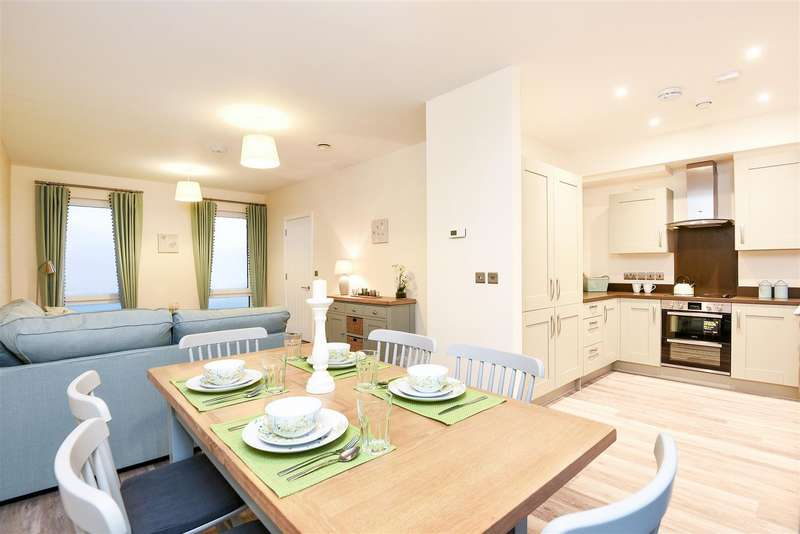 4 Bedrooms House for sale in Rayne Park, Norwich