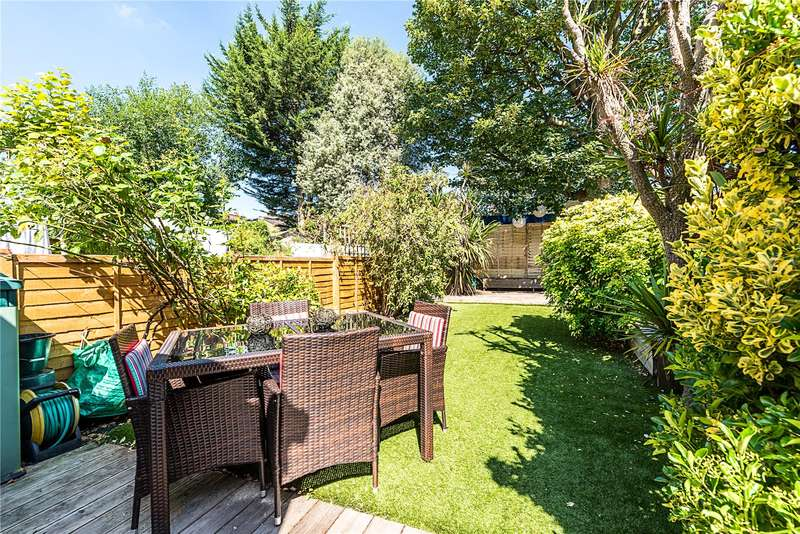 4 Bedrooms House for sale in Hydethorpe Road, London, SW12