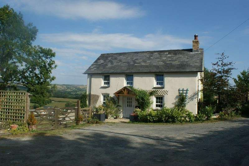 3 Bedrooms Smallholding Commercial for sale in Pencader, Carmarthenshire SA39