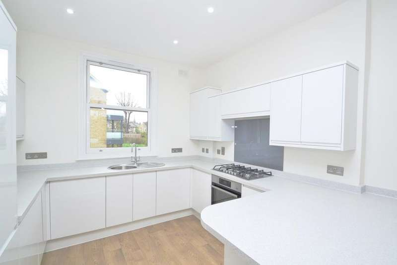 3 Bedrooms Flat for sale in Albion Way Lewisham SE13