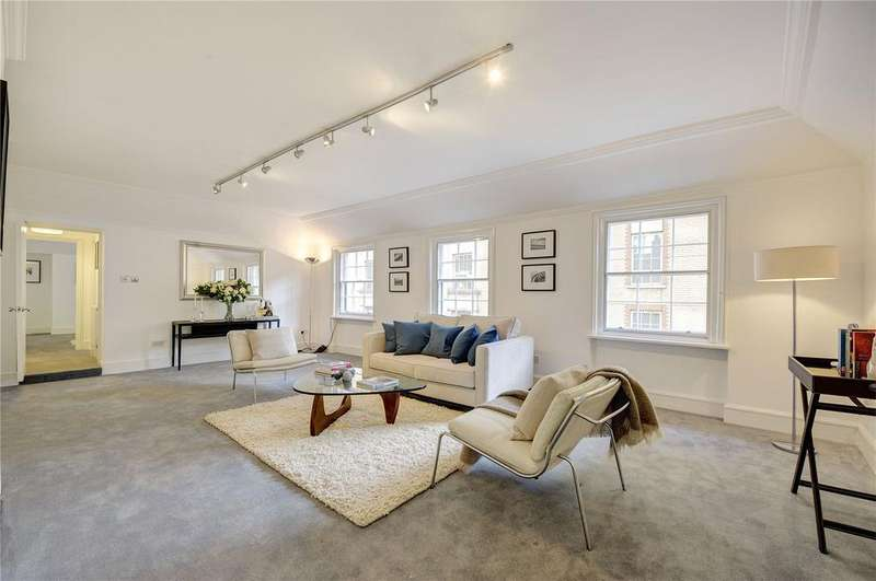 3 Bedrooms Apartment Flat for sale in Craven Street, Westminster, London, WC2N