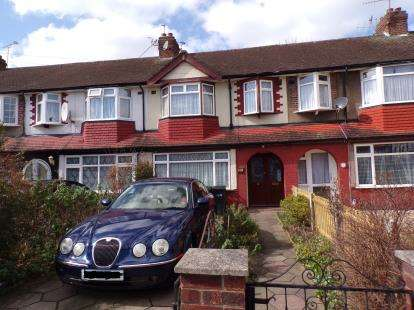3 Bedrooms Terraced House for sale in Richmond Crescent, Lower Edmonton, London