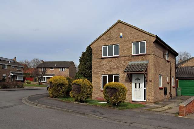 3 Bedrooms Terraced House for sale in Wigan Road, Westhoughton, BL5