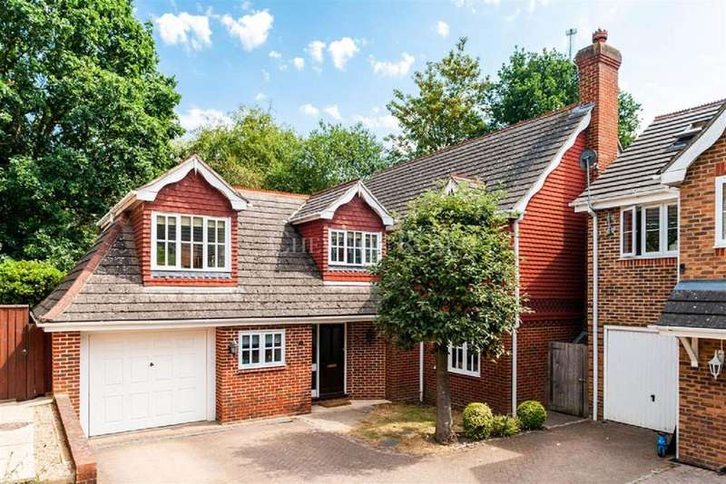 4 Bedrooms Detached House for sale in Ascot