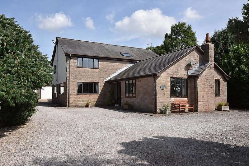 4 Bedrooms Detached House for sale in Rushton Spencer, Macclesfield