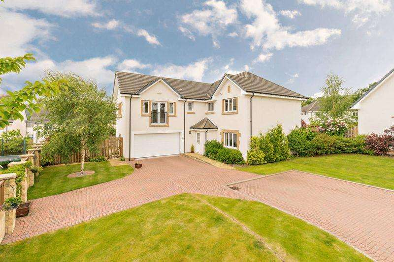 5 Bedrooms Detached House for sale in 45 Jubilee Park, Peebles, EH45 9BF
