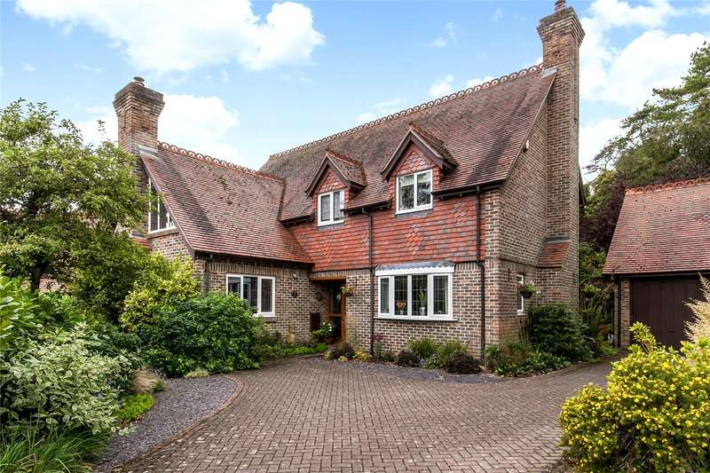 4 Bedrooms Detached House for sale in Westminster Gate, Winchester, Hampshire, SO22