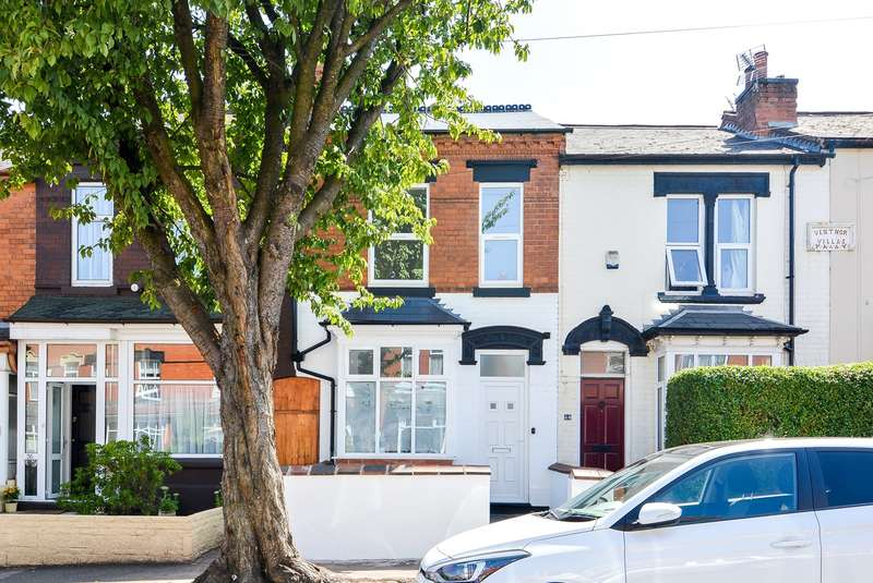 3 Bedrooms Terraced House for sale in Upper St Marys Road, Bearwood, B67
