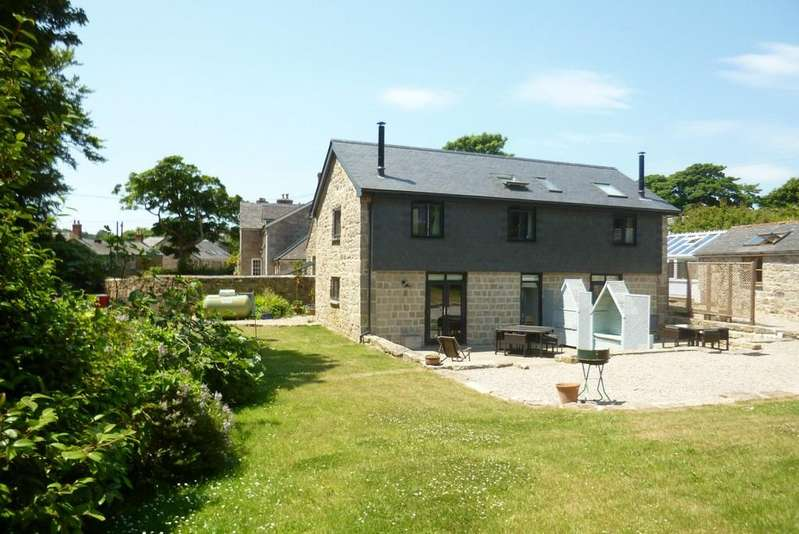 4 Bedrooms Detached House for sale in Trereife, Penzance