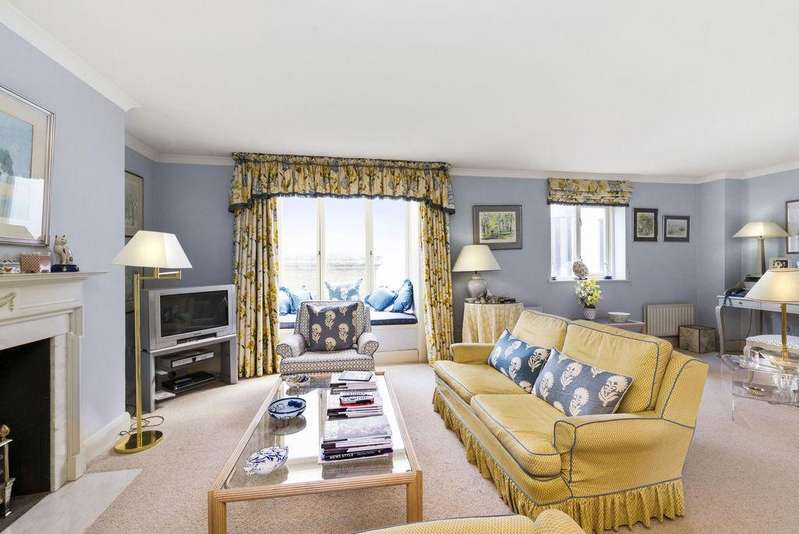 2 Bedrooms Flat for sale in Bowland Yard, Belgravia