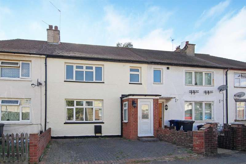 3 Bedrooms House for sale in Beech Gardens, Ealing