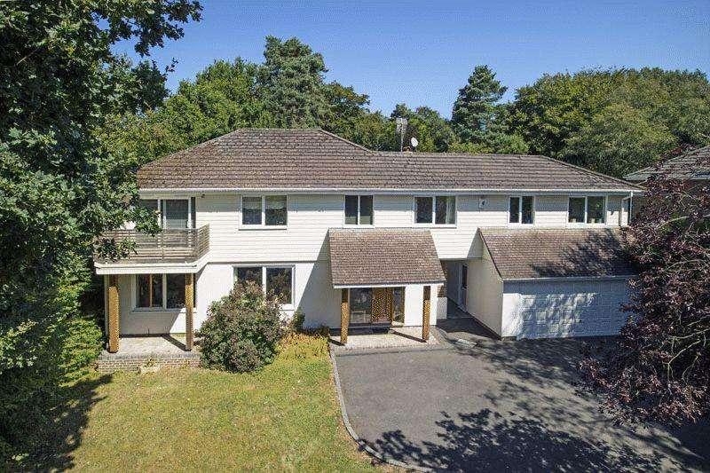 5 Bedrooms Detached House for sale in Innhams Wood, Crowborough, East Sussex