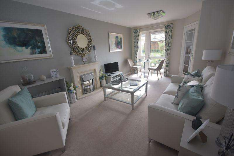 1 Bedroom Apartment Flat for sale in New Pooles Lodge, Fishponds