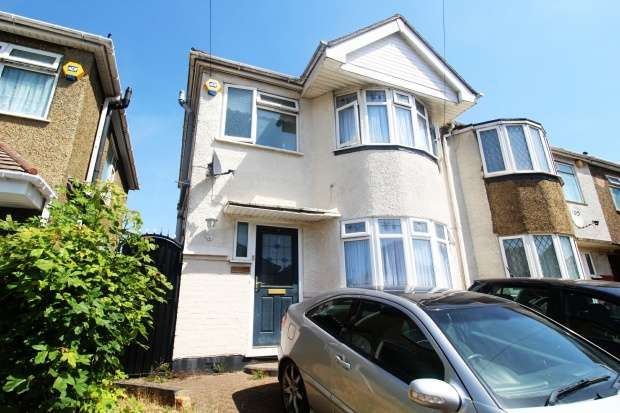 3 Bedrooms Semi Detached House for sale in Browning Road, Luton, Bedfordshire, LU4 0LF