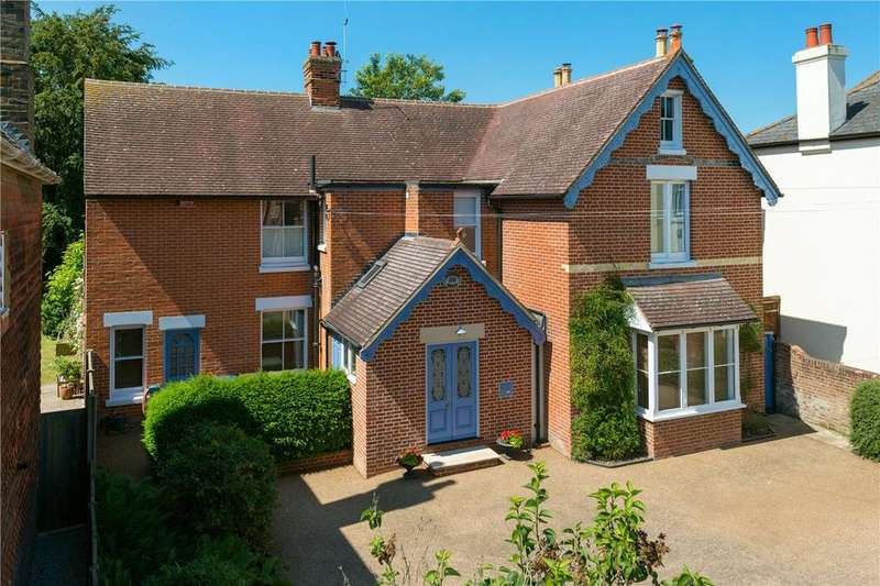 4 Bedrooms Detached House for sale in Whitstable Road, Canterbury, CT2