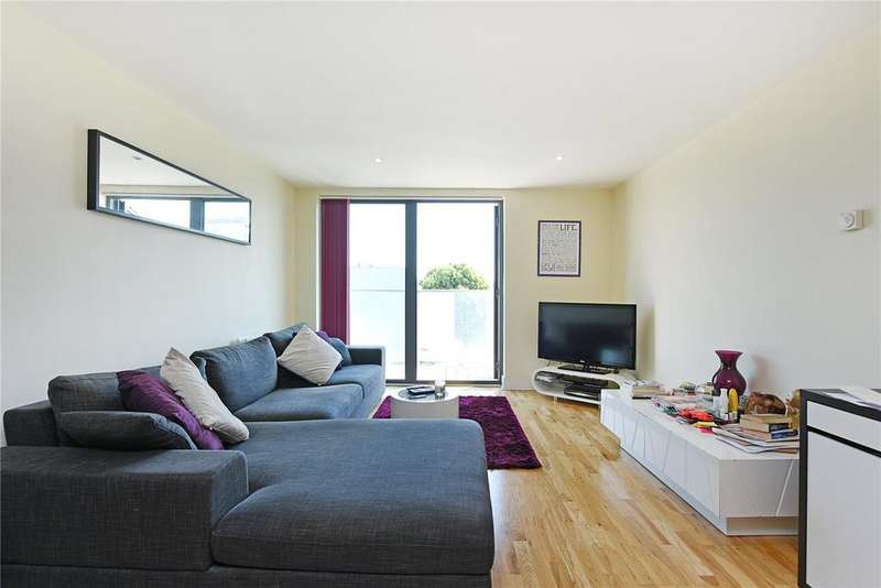 1 Bedroom Flat for sale in Parkview Apartments, 122 Chrisp Street, London