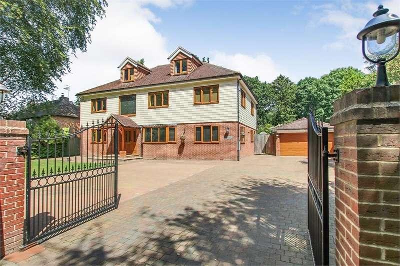5 Bedrooms Detached House for sale in Mill Lane, Felbridge, Surrey