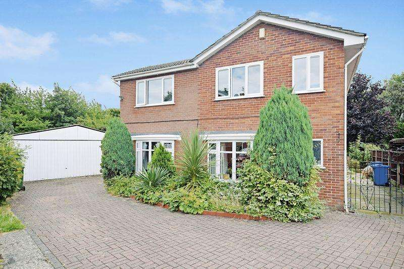 5 Bedrooms Detached House for sale in Shawell Court, Widnes