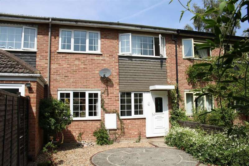 3 Bedrooms House for sale in Primrose Close, Purley On Thames, Reading