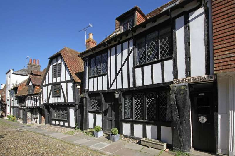 4 Bedrooms Town House for sale in Church Square, Rye, East Sussex TN31 7HE